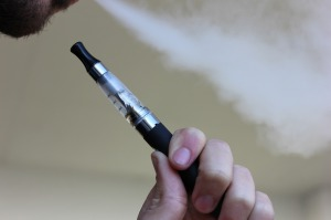 La cigarette électronique moins dangereuse !